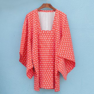 Kimono / Red and White Polka Dots Michiyuki with Fan Print