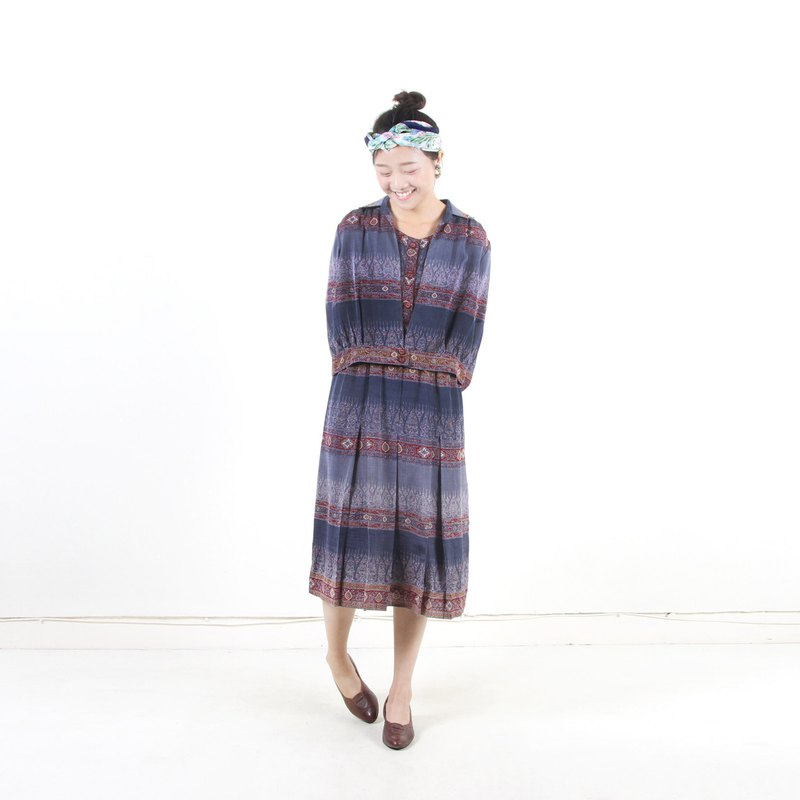 [An old egg plant] Fang Gui printing two-piece vintage dress suit