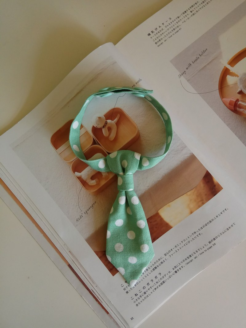 <Christmas gift> green bottom big wave point child tie baby bow tie 1 into tie bow tie