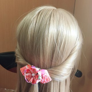 The bonsai small double-layered bow. Hair bundle / hair clip