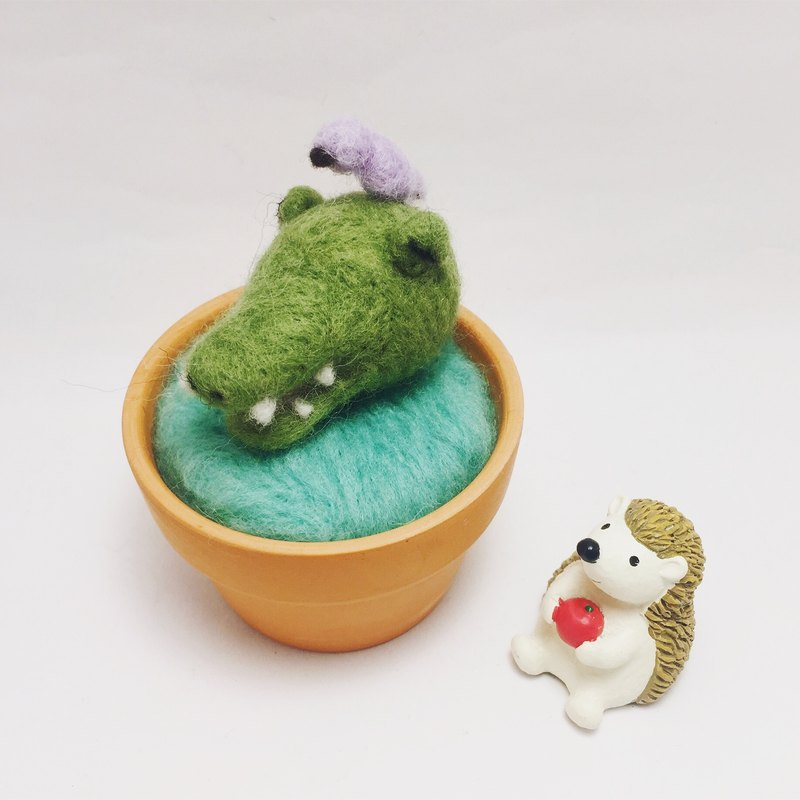 【Warm soup pottery】 wool felt animal soup pot - crocodile