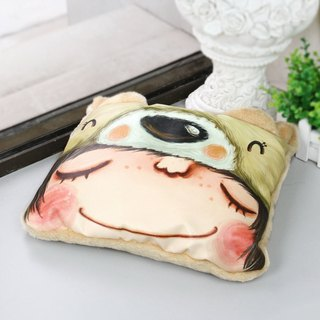 Designer  Cute Light Brown Bear Art Design Printed Blanket  / Cushion / Pillow 3
