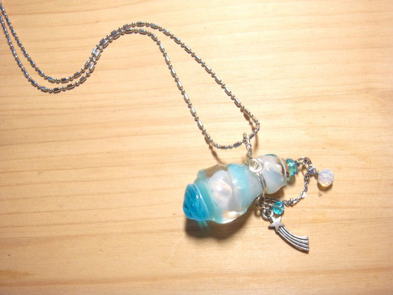 Yuzu Lin handmade glaze-Lakeside sky-Essential oil bottle / Scented bottle necklace (irregular bottle body)