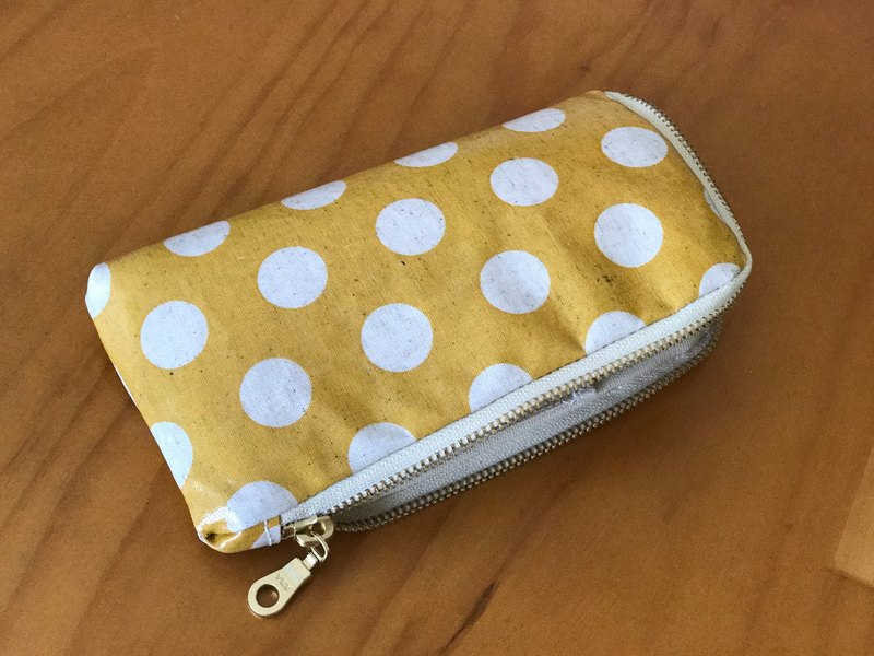 Handmade iPhone mobile phone storage bag zipper phone bag zipper bag carry bag waterproof phone bag