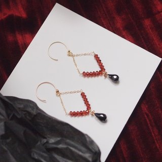 Swanlace vintage wine red garnet diamond chandelier 14kgf gold hand earrings / ear clip