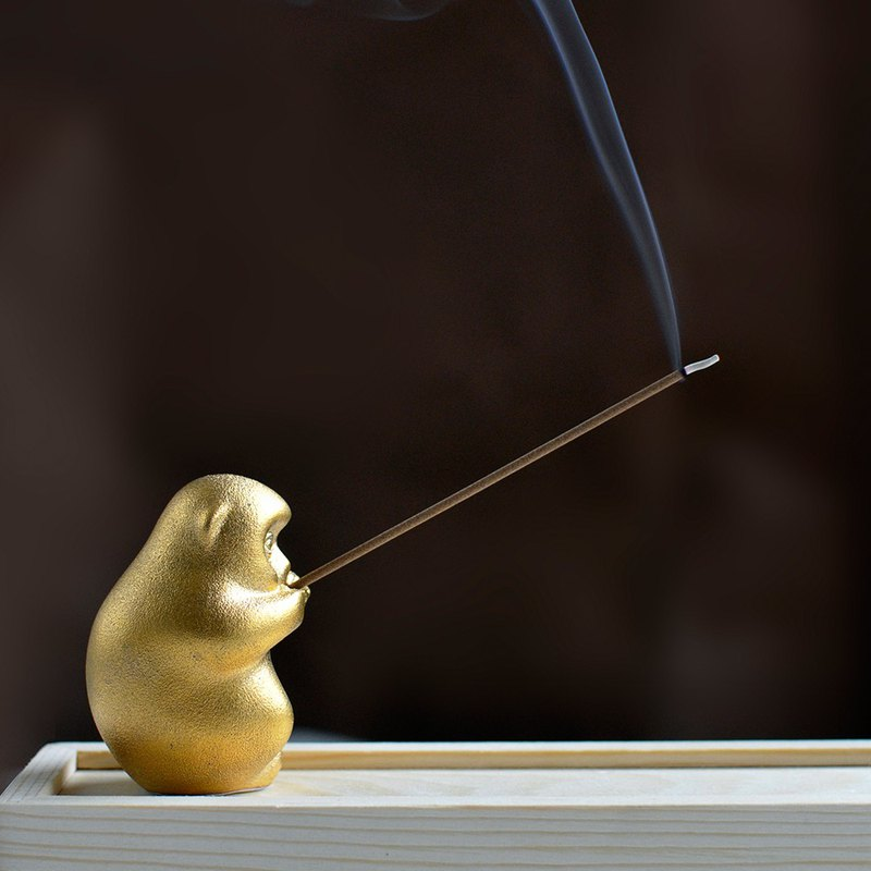 Ling monkey fragrant ceramic tea pet ornaments line incense sticks home Xiangto creative gifts