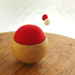Wool pin cushion