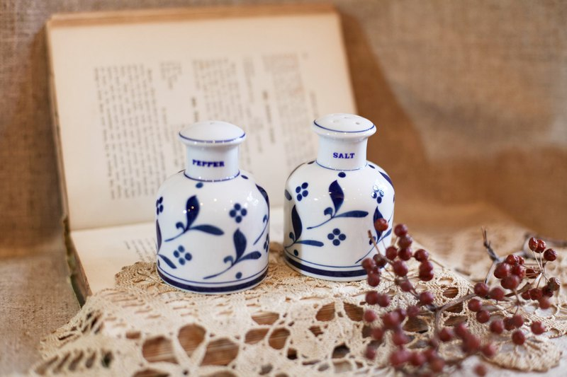 Good Day Fetish / New Year Special Set Two / Valentine's Day Gift / German Vintage Hand Painted Spice Jar