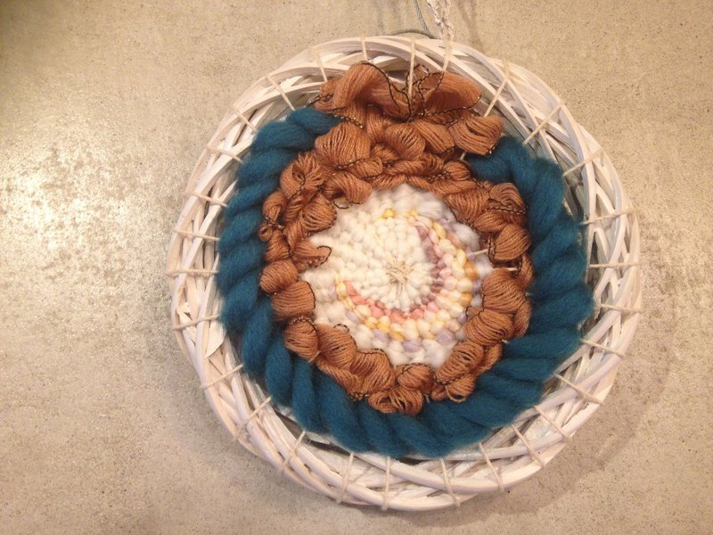 Wreath Knit Mural - A gift