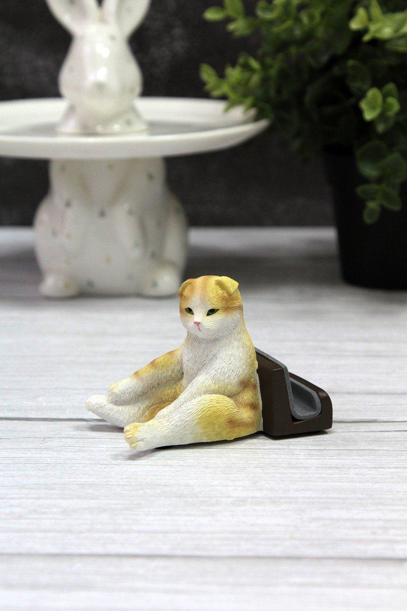 Japanese Magnets cute animal series cat uncle sitting on the phone holder / mobile phone holder (tea color cat models)