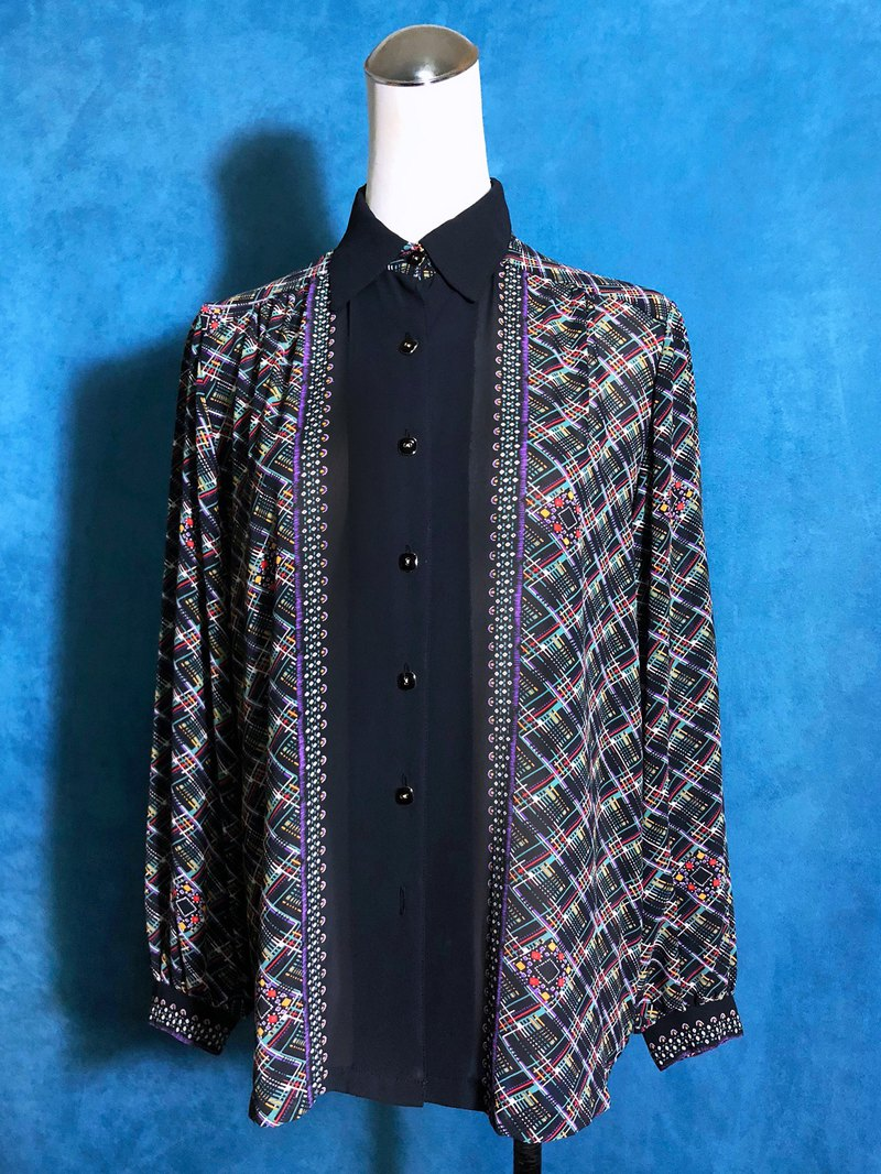 Totem chiffon long-sleeved vintage shirt / brought back to VINTAGE abroad