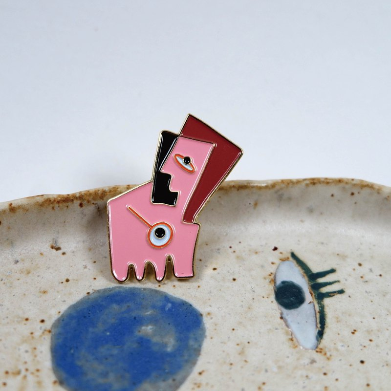 Abstract face - metal brooch
