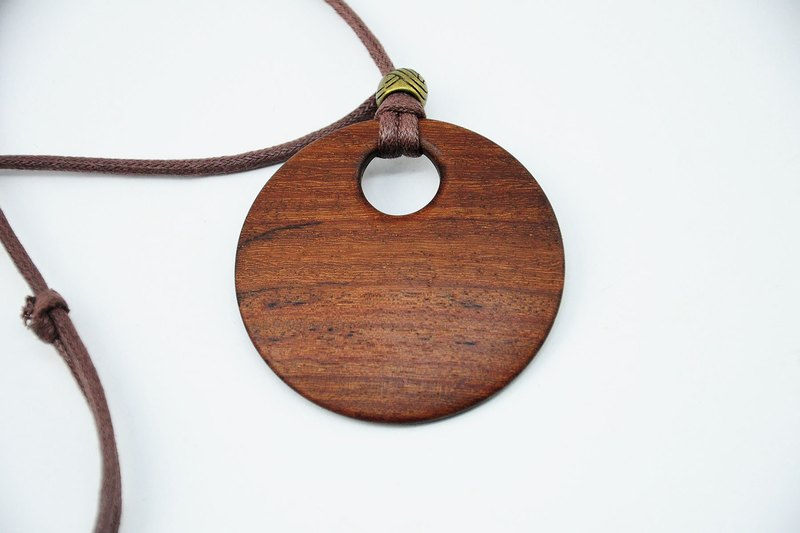 [Wood Necklace - Rosewood]