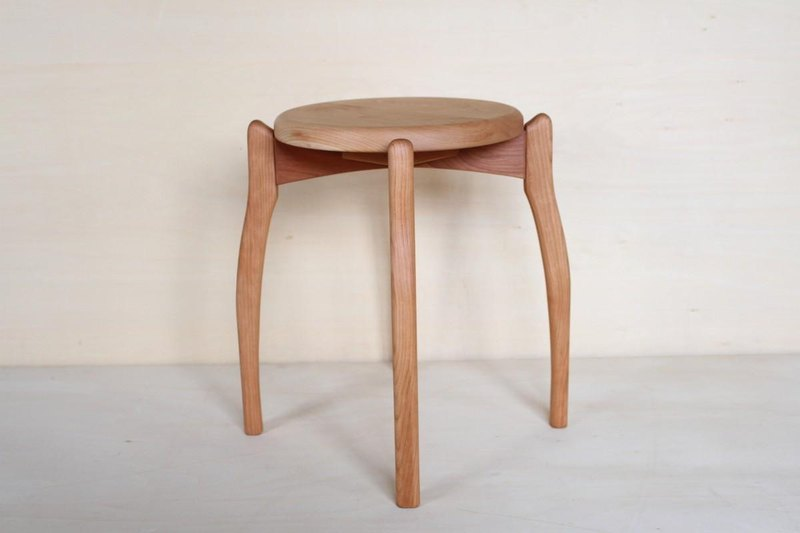 Stool 1 Black cherry wood