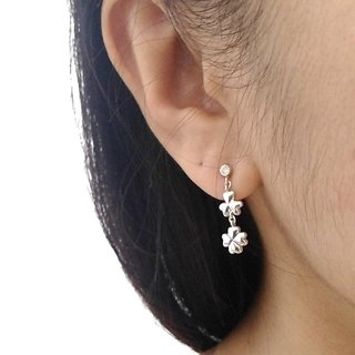 Sterling Silver Clover Stud Earrings
