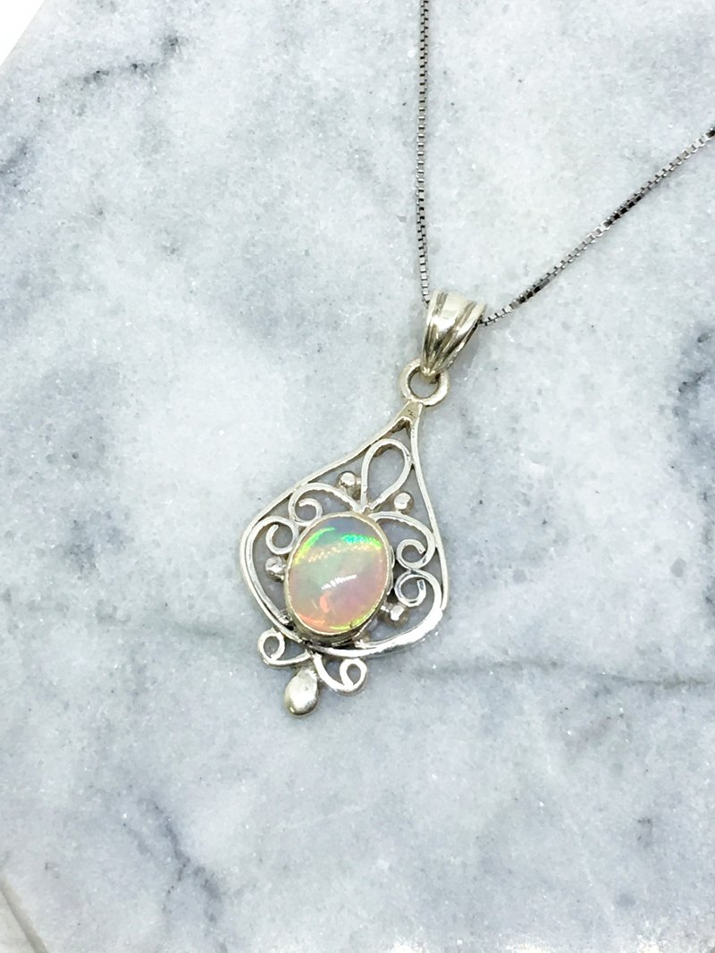 Opal 925 sterling silver gorgeous style necklace Nepal handmade mosaic production