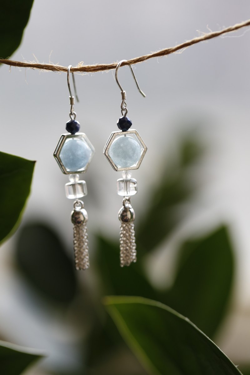 || Water Blue || Sterling silver tassel earrings. Aquamarine / Sapphire / Labradorite / White Crystal