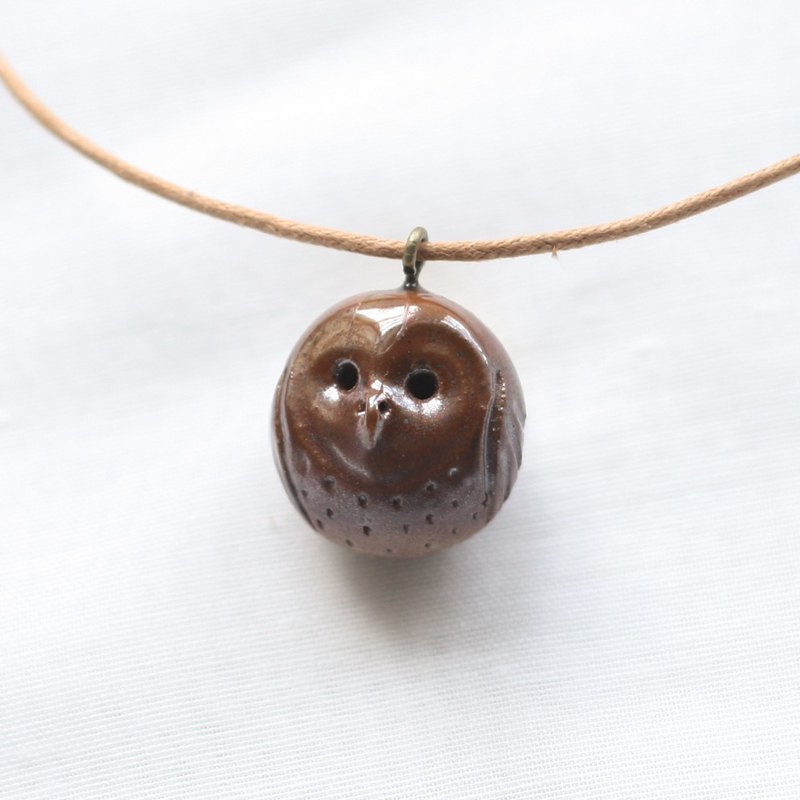 Firewood Pottery Oil Necklace Apple Face Owl