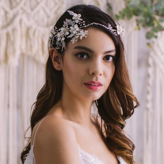 Bridal headpiece - Freshwater pearl flowers, Swarovski crystals headband