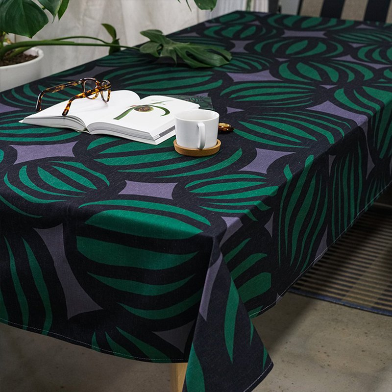 [draft / CIAOGAO] original design Nordic wind watermelon line drawing black coffee table TV cabinet cover cloth round tablecloth