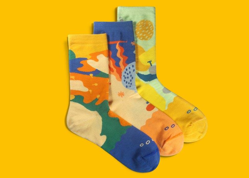 0731a5d1e5f76 20% off / Bundle Socks Gift Box |Crew Socks | Gift |Mens Socks | Womens  Socks - Designer Goodpair Socks | Pinkoi