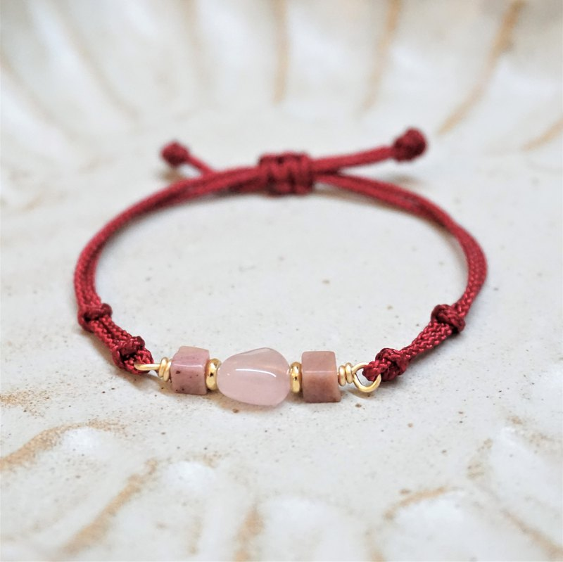 << Red line hand rope - Pink crystal love wish>> Pink crystal rose stone red rope