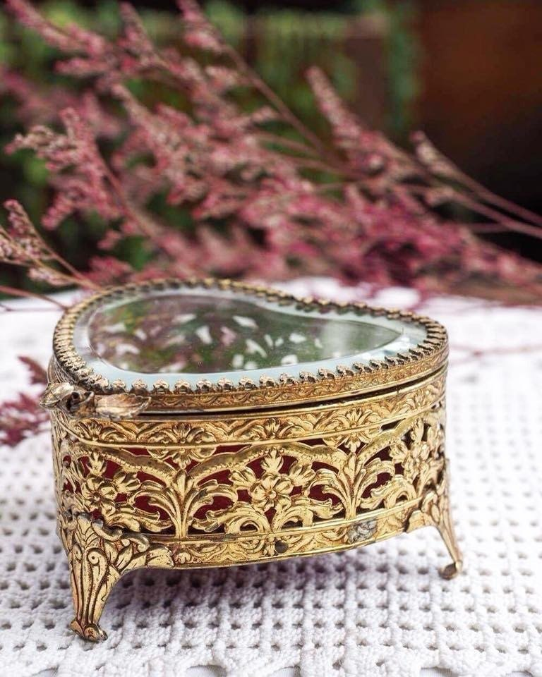 Heart-shaped antique mirror jewelry box / jewelry box (JS)
