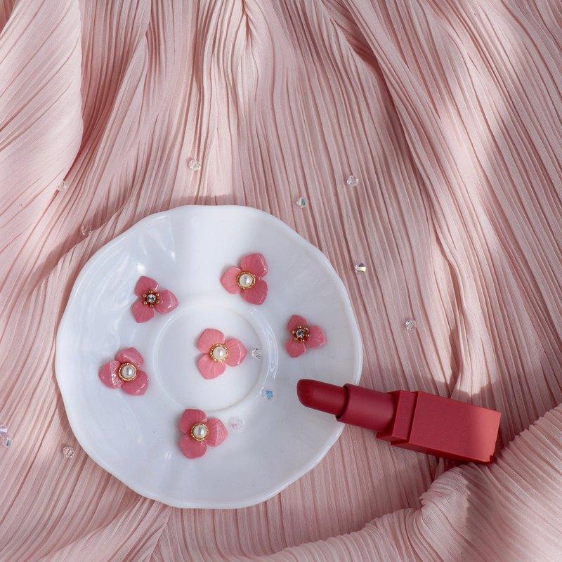 唇彩花朵耳環 乾燥玫瑰