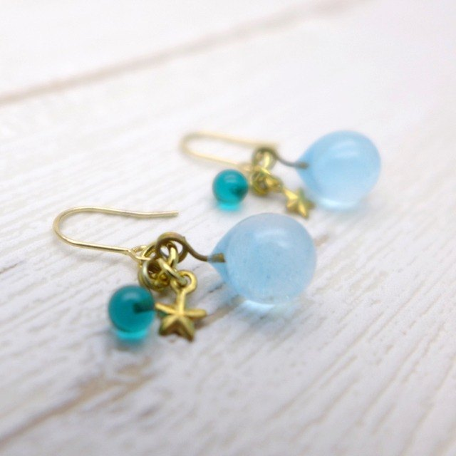 Glow in the dark, Aqua drop of glass pierced or clip-on earrings, Sky blue