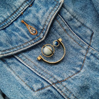 [Mush] Half Moon Brooch 半月扣針