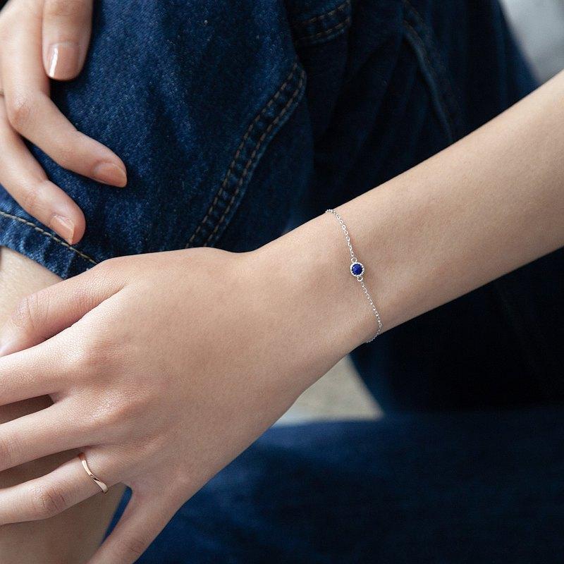 青金石小圓片純銀手鍊   天然石   輕奢。輕珠寶。新款