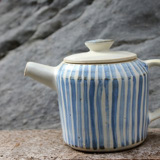 Pastel Series - Hand pulled bad blue striped teapot tea pot tea tea line
