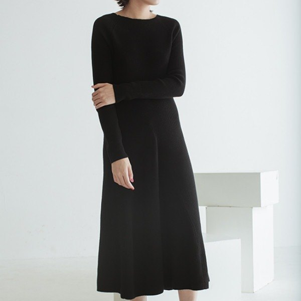 Black early autumn Wonderful Night imported pure wool long classic Must Have small black dress