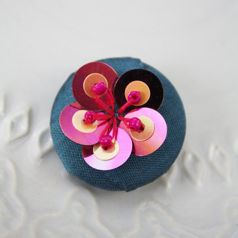 handmade pink floral brooch,  round floral pin