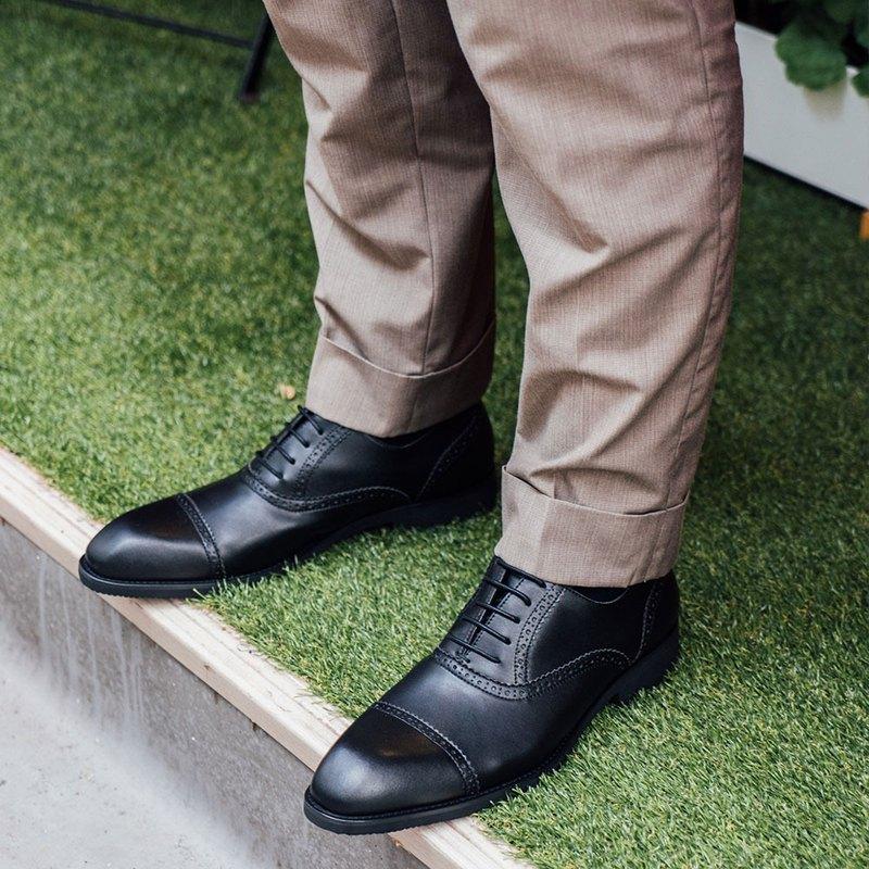 Gullar 氣宇橫飾側雕牛津 -素食皮鞋