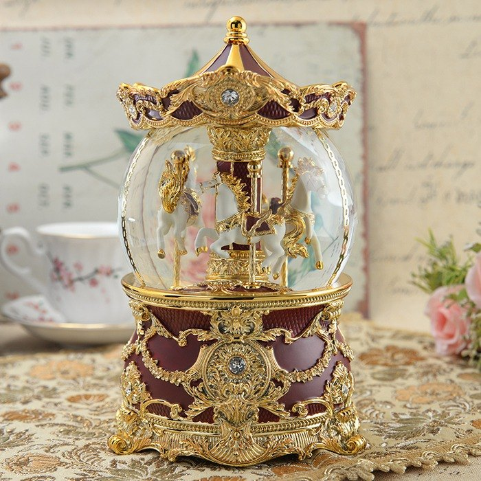 Wine red gold amusement horse (lighting) (10th anniversary) crystal ball music bell birthday Valentine's day gift