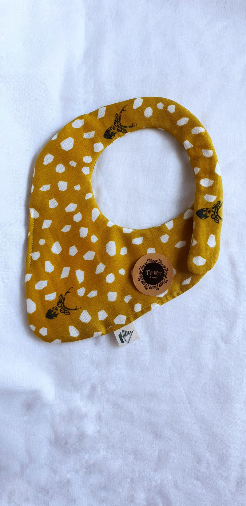 Gujia Yuezi designer cloth - mustard - Sambar - eight-layer yarn 100% cotton double-sided strawberry shape bib