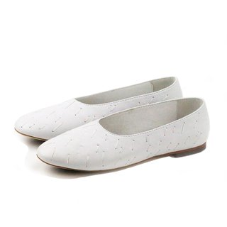 MEMORY W1057 White leather flats