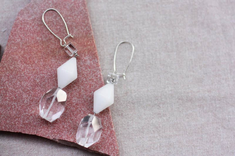 Simple white transparent earrings