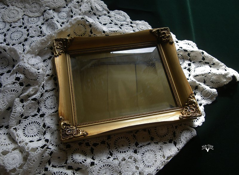[OLD TIME] Early Taiwan-made wall mirror hanging mirror
