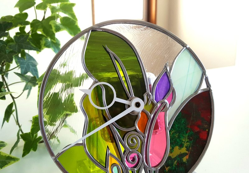 Round acrylic clock putting, hanging dual use  Flower Basho
