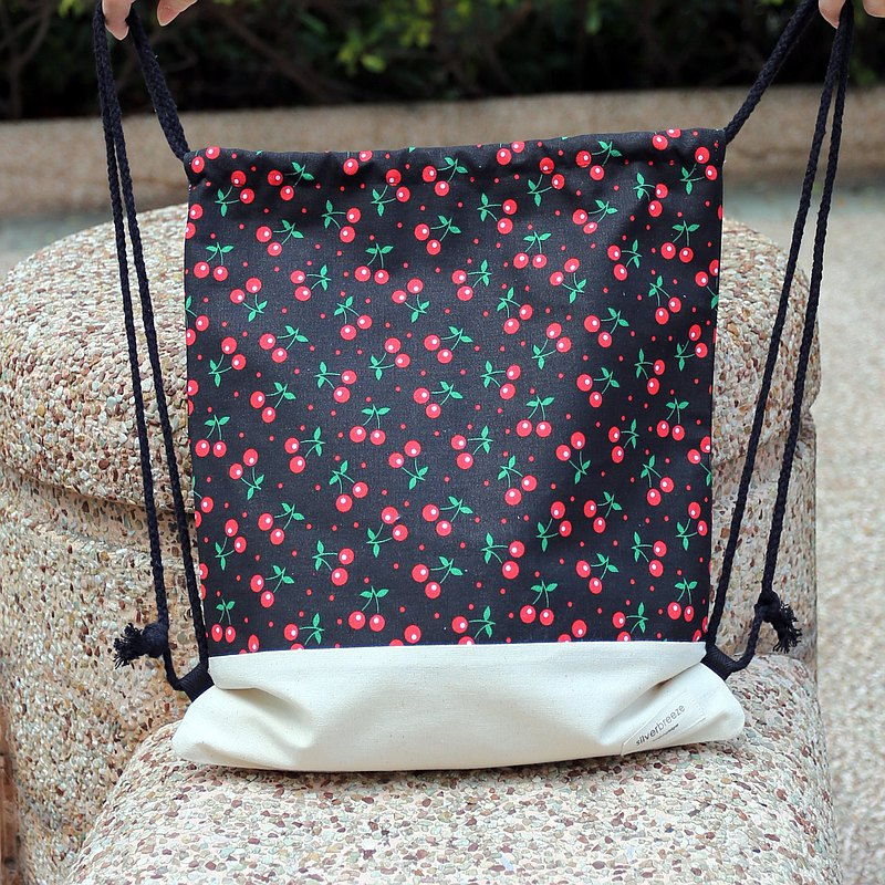 Behind the beam backpack / string bag / beam pocket ~ Cherry (B64)