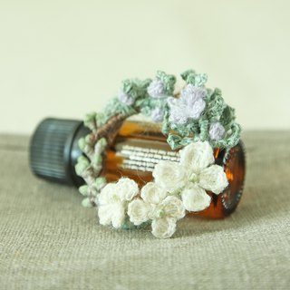 Rosemary Wreath Brooch/Necklace  S/M size White Color hand-crocheted