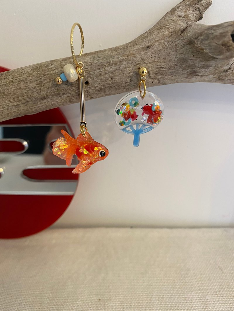Little Goldfish. Little Goldfish Fan. Earring Ear Clip