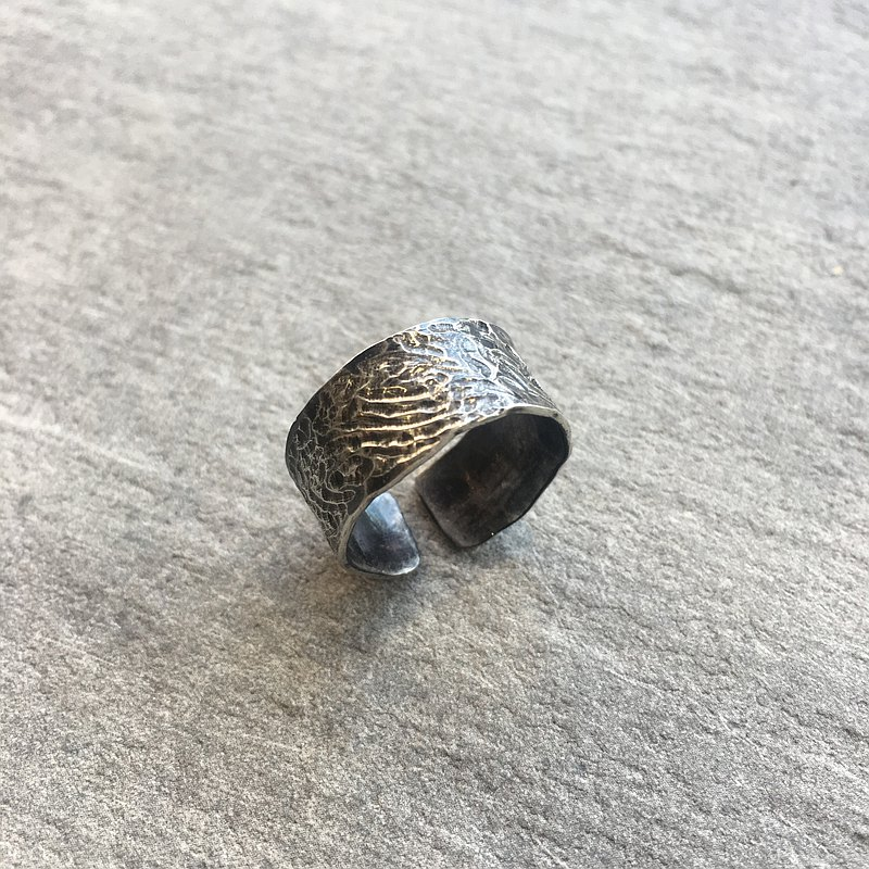 Sterling silver pattern wide opening ring
