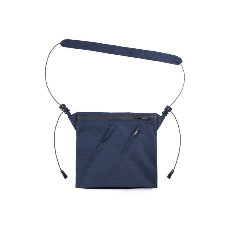 oqLiq - Project 06.2 - River sacoche bag Sichuan word supply package (blue)