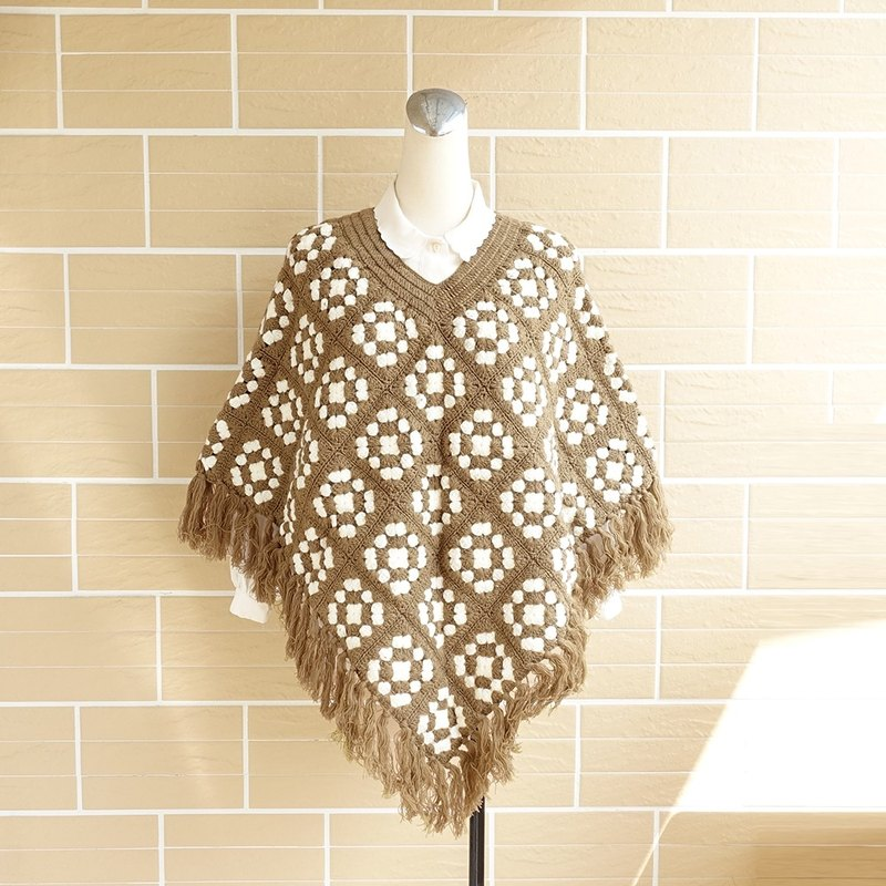 │Slowly │ hand knitted blanket - ancient shawl │ vintage. Retro
