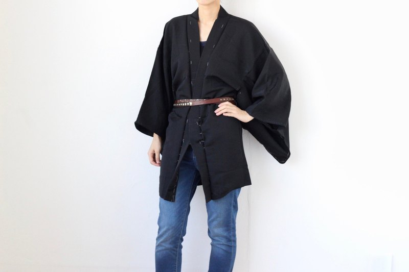 black tree Haori, Japanese kimono, black robe, dead stock /4057