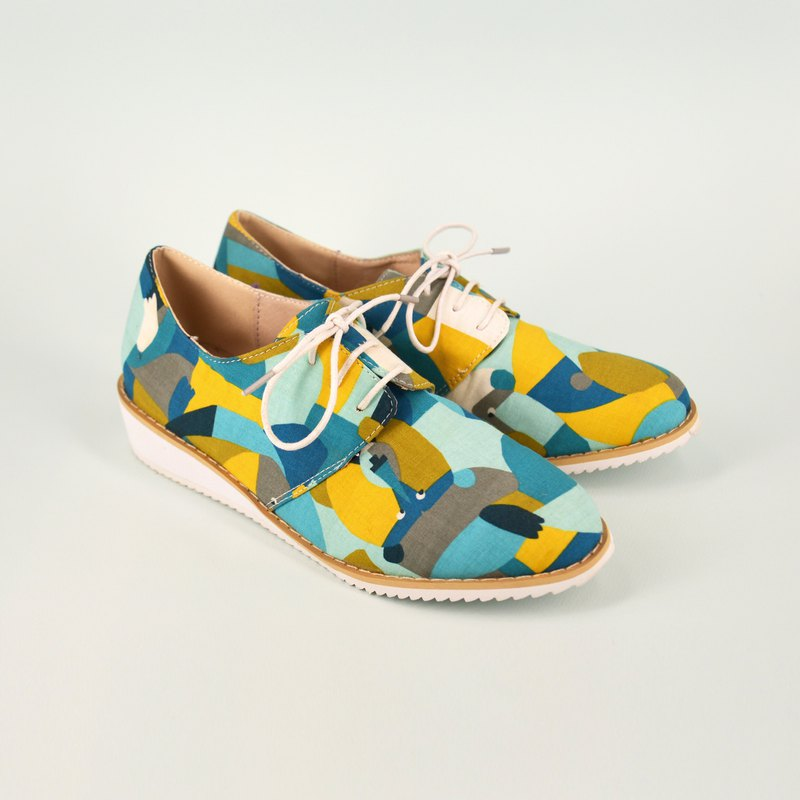 Little lion casual shoes | Japanese floral cloth | Collage sense | Leather insol