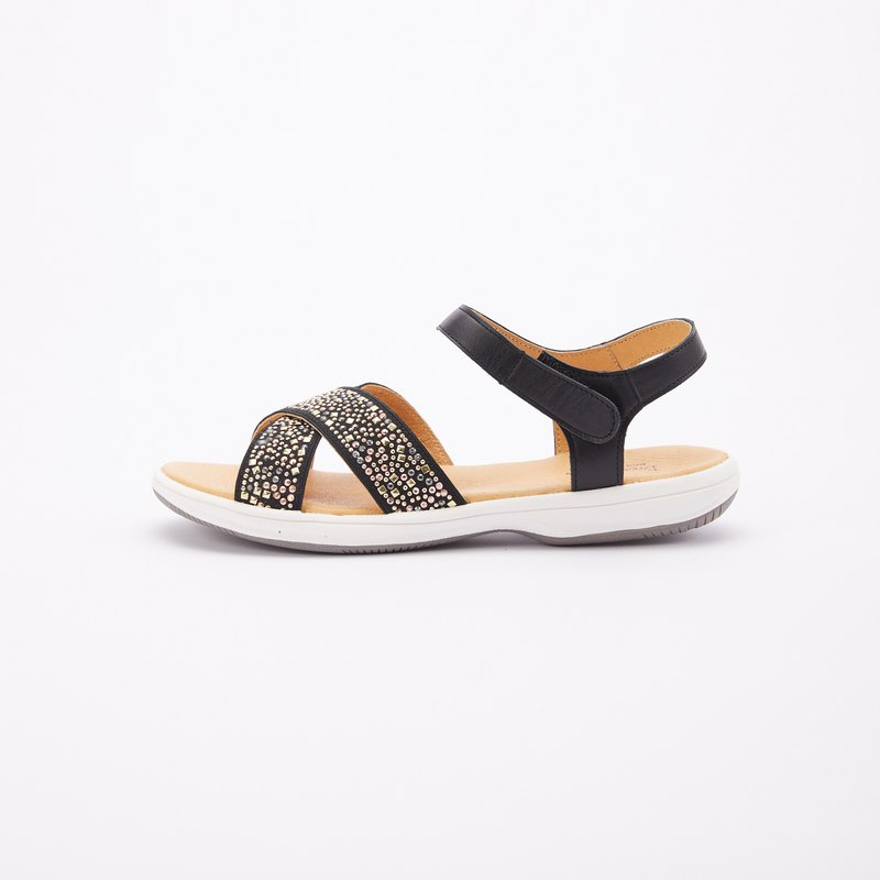 Large size sandals 41-46 Made in Taiwan colored rivets super lightweight leather flip sandals 2.5cm black